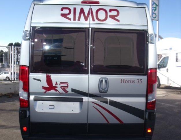 Furgoneta camper de alquiler Rimor Horus 35