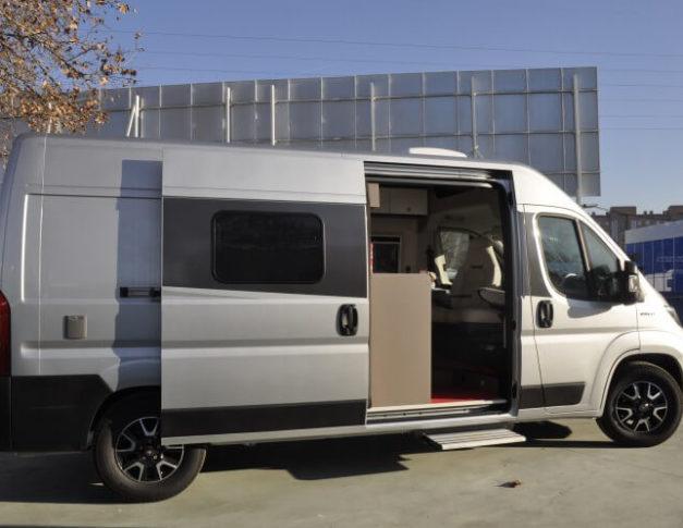 Furgoneta camper nueva Bürstner City Car C600