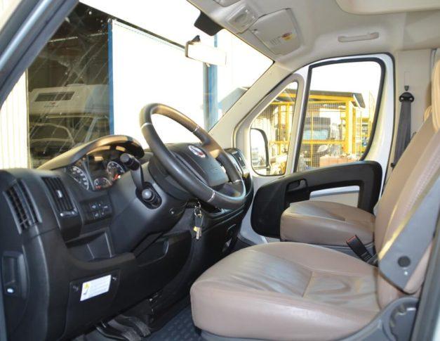 Autocaravana de segunda mano Burstner Van T571