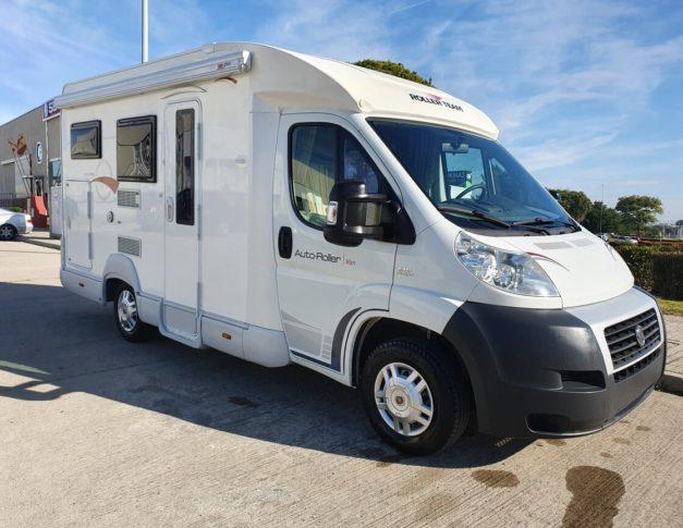 Autocaravana de segunda mano Roller Team Auto-Roller Van