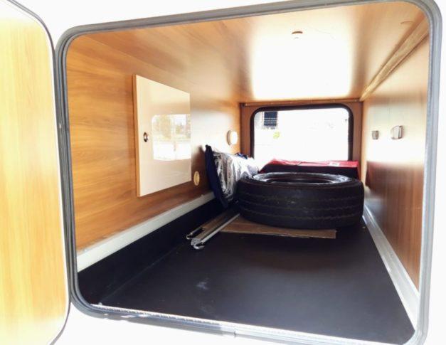 Autocaravana de alquiler Blucamp Sky 25S BUR