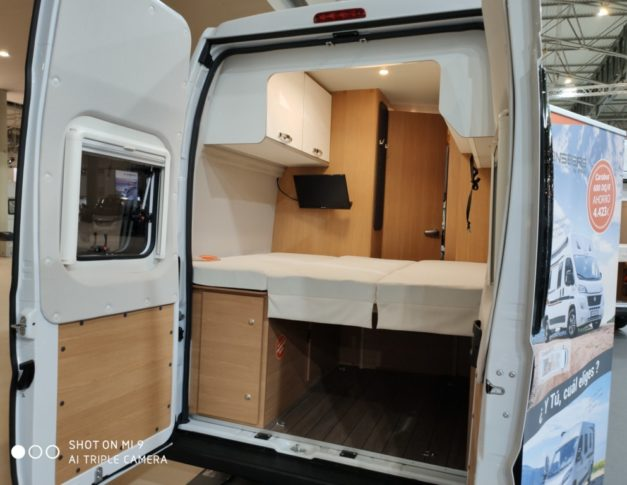 Furgoneta camper de alquiler Weinsberg Carabus 600 DQ MAD