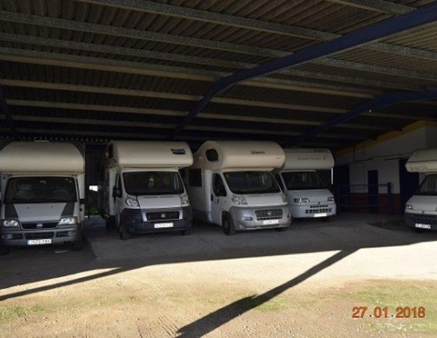 Parking de caravanas autocaravanas y furgonetas campers en Dos Hermanas