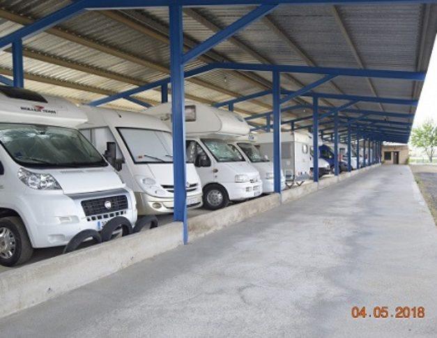 Parking de caravanas autocaravanas y furgonetas campers en Dos Hermanas (Sevilla)
