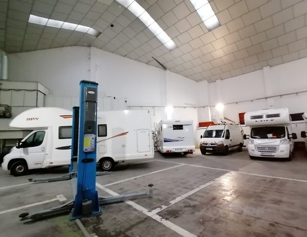 Taller de autocaravanas, caravanas y furgonetas camper en Vallecas