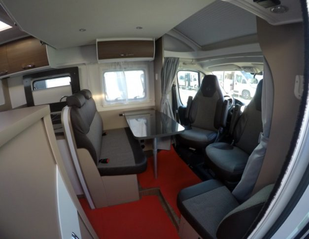 Autocaravana nueva Etrusco T 6900 SB
