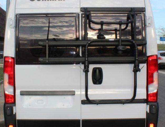 Furgoneta camper de alquiler Benimar Benivan 116 U P