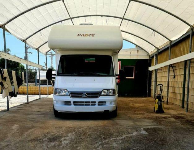 Parking de caravanas autocaravanas y furgonetas campers en Alcalá de Guadaira
