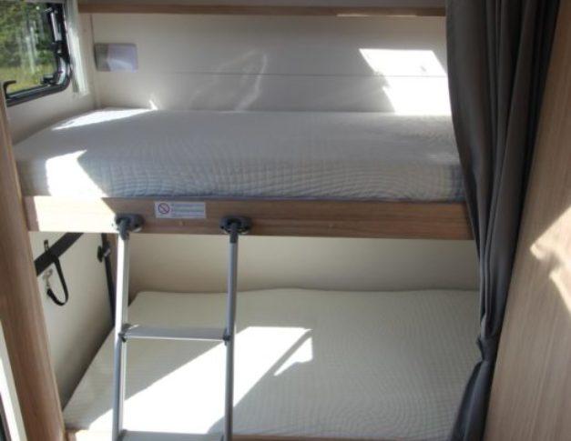 Autocaravana de alquiler S-Light A72