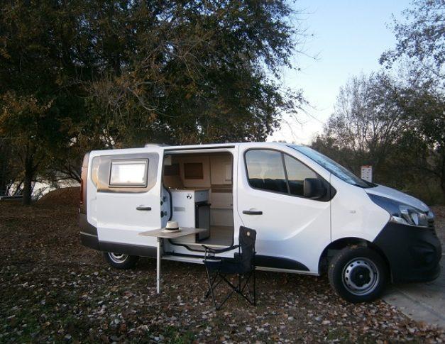 Furgoneta camper de alquiler Opel Vivaro