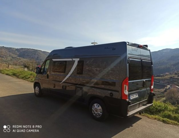 Camper de alquiler Mc Louis Menfys S-line Van 3 Maxi