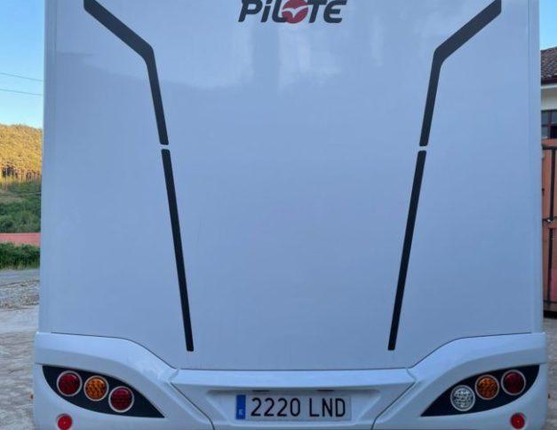 Autocaravana de alquiler Pilote C690G
