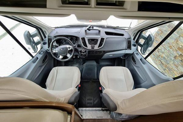 Autocaravana de alquiler Ford Continental 20