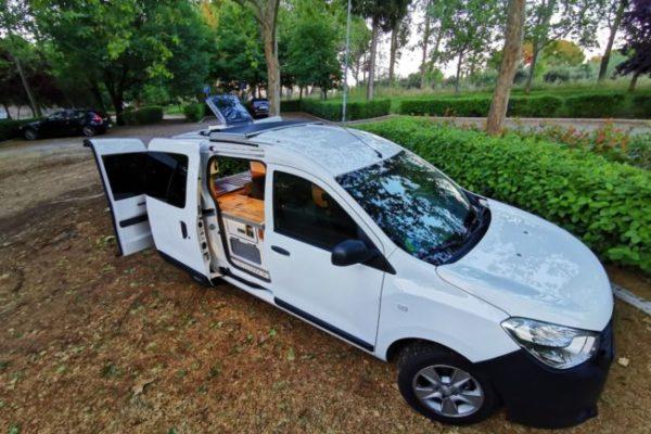 Furgoneta camper de alquiler Dacia Dokker Yevana