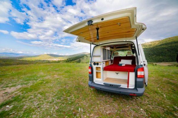 Furgoneta camper de alquiler Volkswagen T5 New Glory