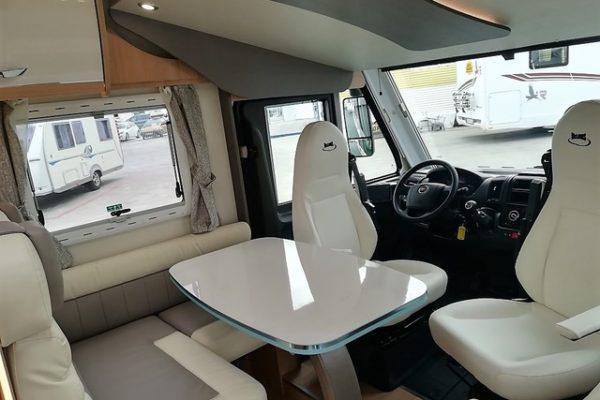 Autocaravana de alquiler Mclouis Nevis 379